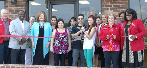 Chamber Red Coats Attend Grand Opening at Nail Salon – KLAX-TV