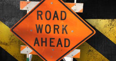 Roundabout detour condensed to one lane