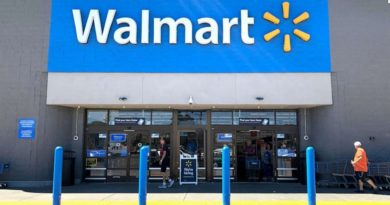 Wal-Mart plans to hire 20,000 workers for holiday season