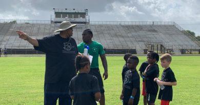 Richard Hosts 2nd Annual Football Camp