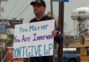 Cenla man shares inspirational message with a simple sign